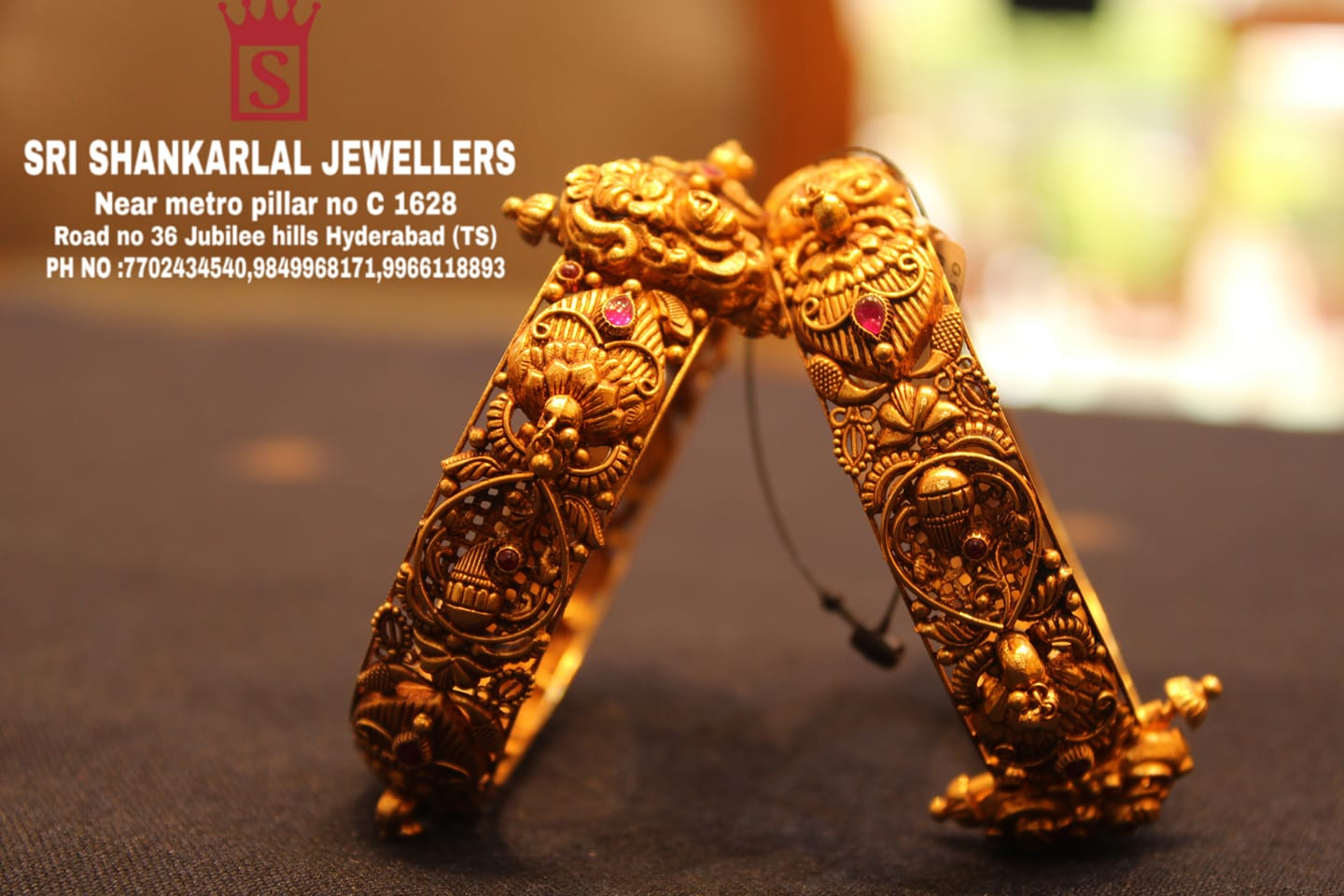 Latest 22k gold Nakshi Bangle in light weight and heavy looking and vast collection please visit us on video call pH no: 770243450 9849968171 9966118893 to see more collection 2021-06-28