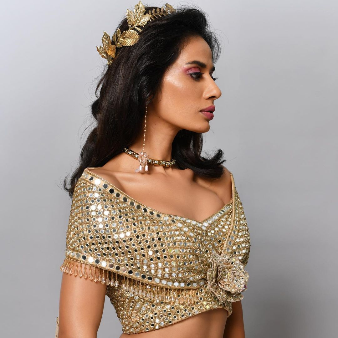Stunning off shoulder gold shade mirror work blouse. 2021-06-30