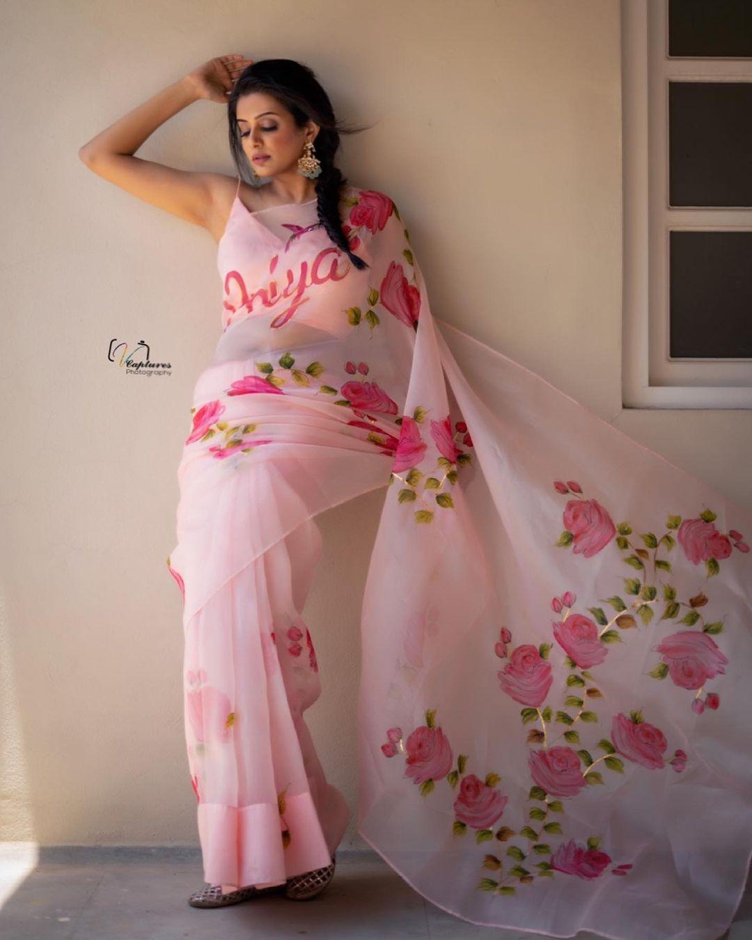 Beautiful actress Priya Mani in picchika designer saree. 2021-06-30