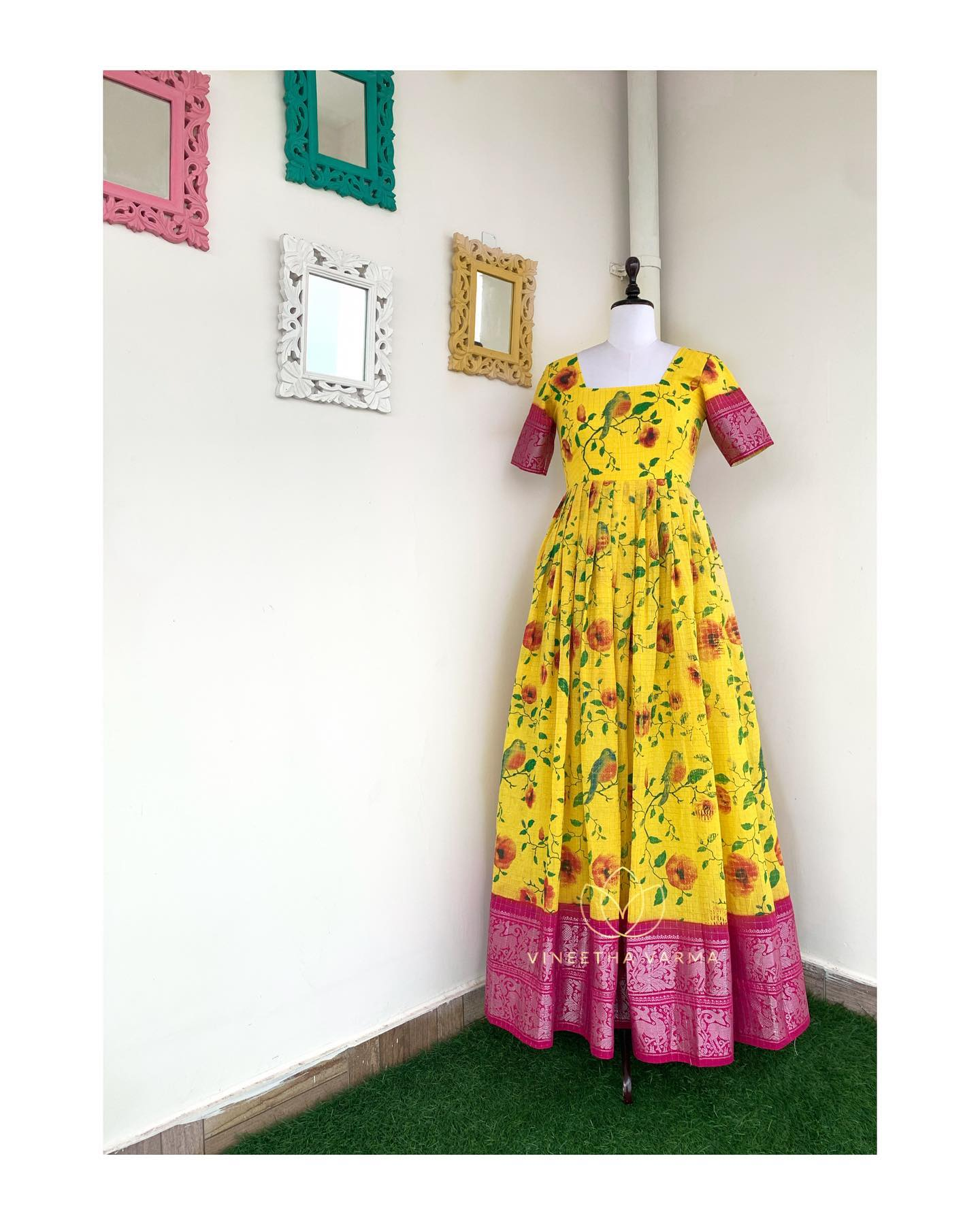 Yellow Sungudi. Price :  ₹4200.00.  Printed sungudi maxi composed with pink silver zari border. Fabric : cotton. Color : Yellow and Pink. Wash care : Dry clean only Delivery time : 3-4 weeks. 2021-07-08