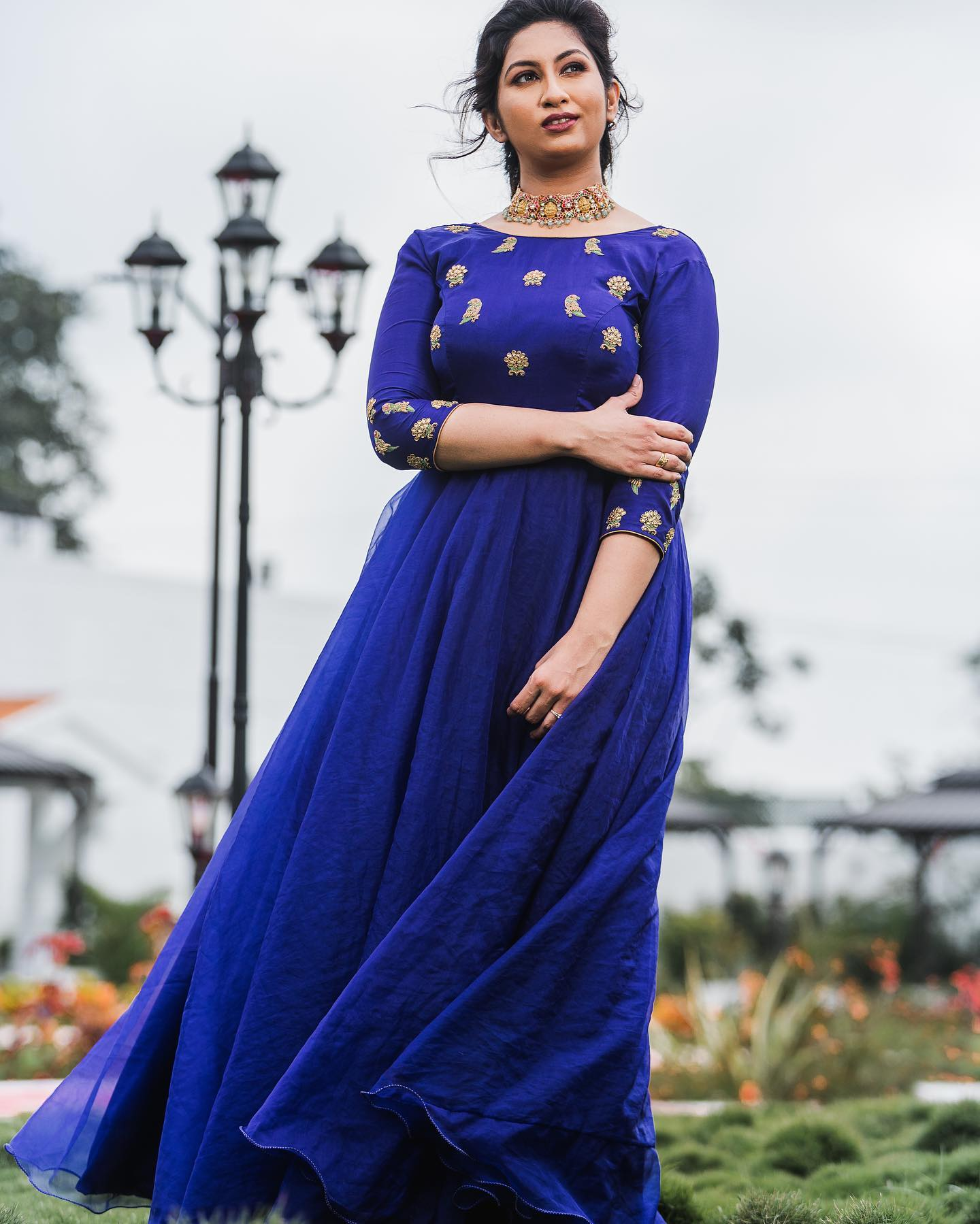 When in doubt go with blue! You just cannot go wrong with this gleaming blue Anarkali from Yoshnas By Ela.Just slip into one and slay it in style!! 2021-07-10