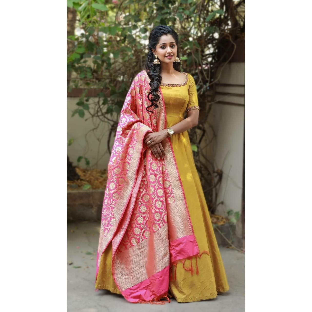 Mustard anarkali. . . Mustard Anarkali with full flare paired with a banaras duppatta. Anarkali can be customised in any colour. Duppatta will vary to match the colour of the anarkali. . Place your orders now! For orders and queries please whatsapp  on  9952093562 or Reach on 044 4262 4085 . 2021-07-11