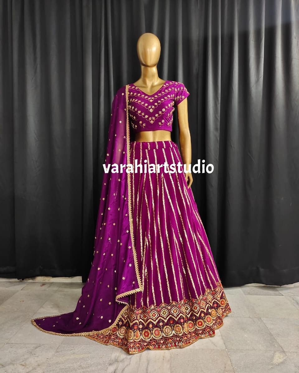 Gorgeous purple color lehenga and blouse with dupatta. Lehenga and blouse with hand embroidery zardosi work. 2021-07-12