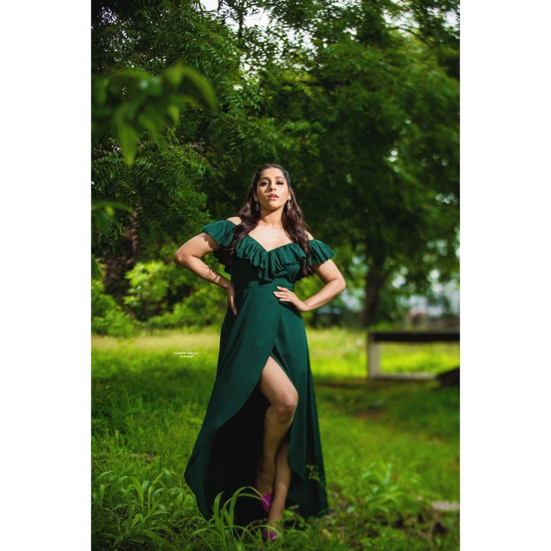 Gorgeous Rashmi Gautham with slit dress. 2021-07-24