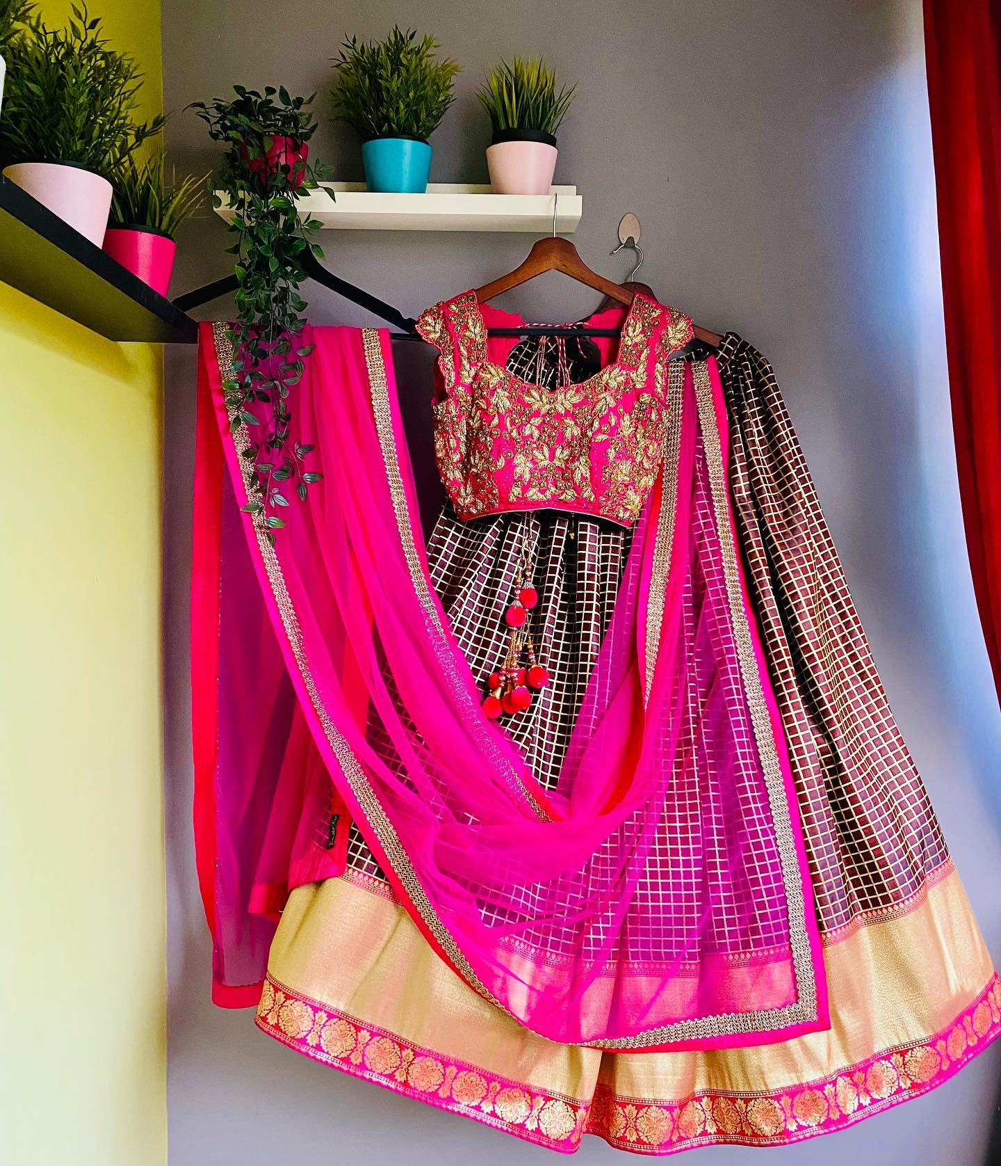 Zari checks banarasi brown color lehenga having golden border teamed up with heavy zardosi hand embroidered pink bridal blouse and pastel pink hand embroidered tulle dupatta from the house of Vinisha rao designer studio !! Suitable for all kind of occasions !! .. . You can call  to order on
