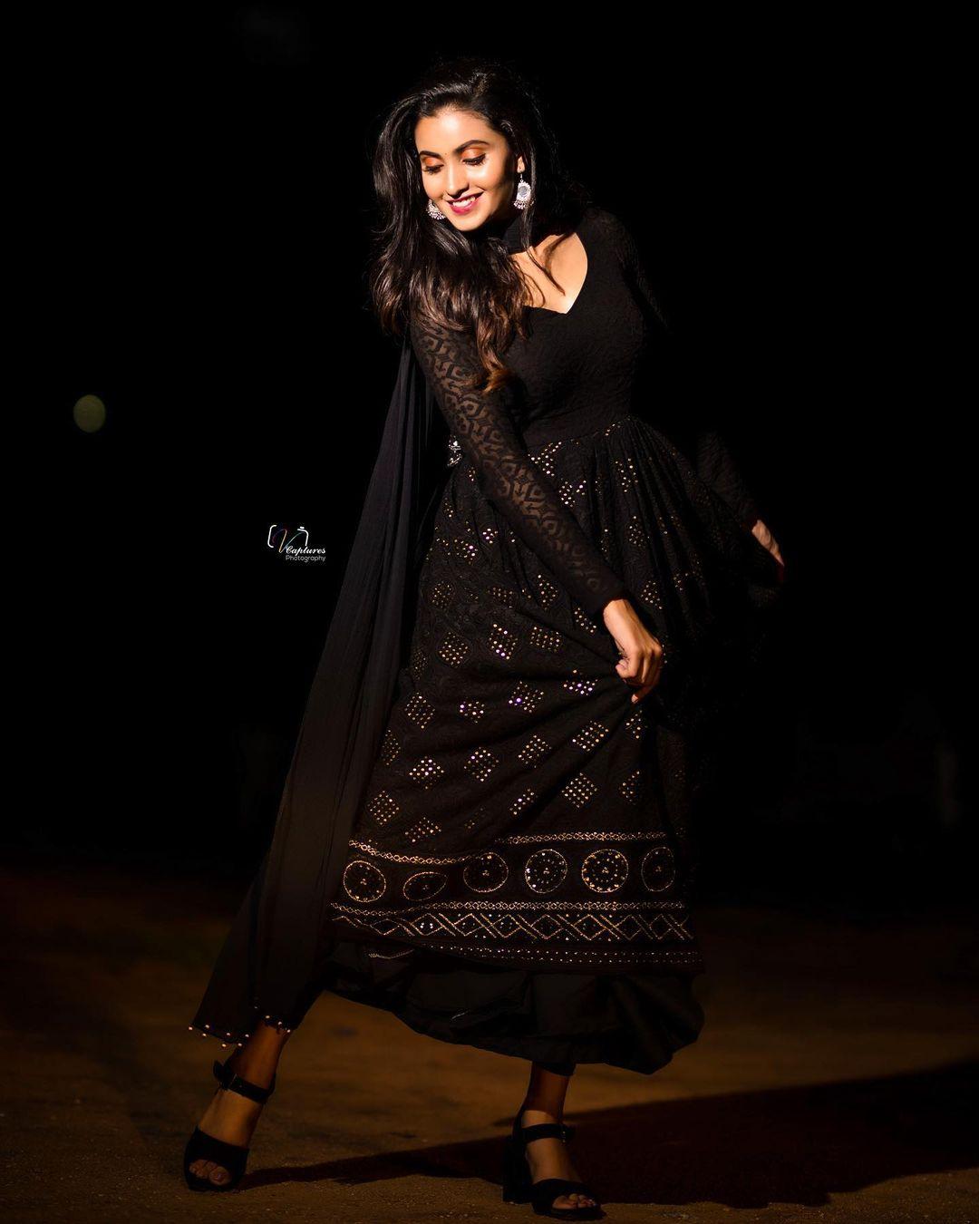 Gorgeous actress Deepika Pilli in black color floor length dress. 2021-07-30