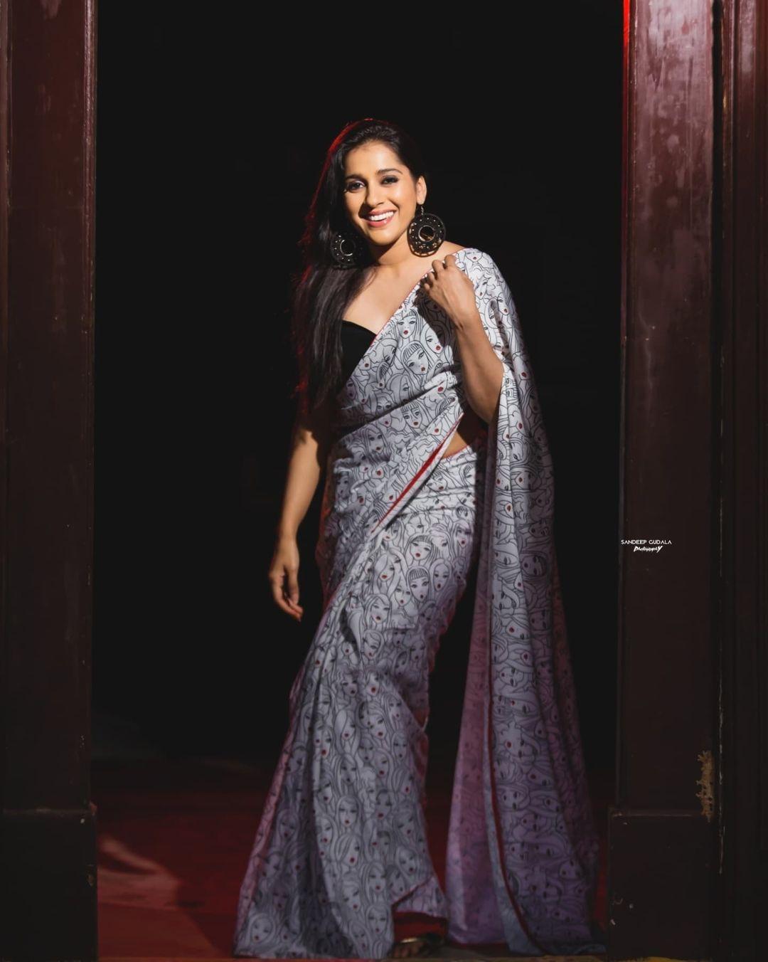 Stunning actress Rashmi Goutham in Duta couture saree. 2021-08-01