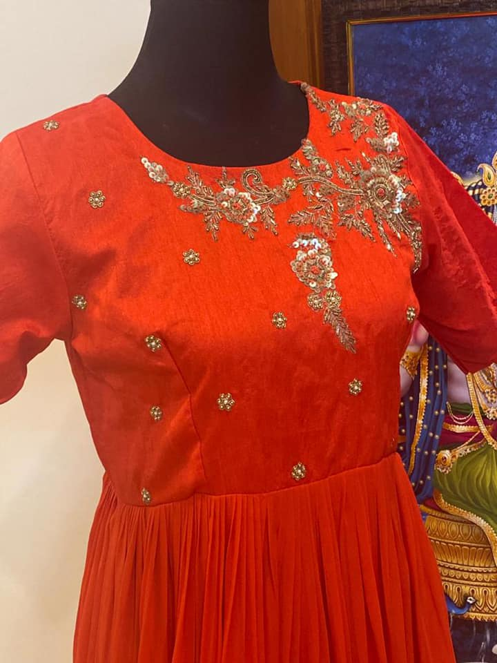 Material:handmade maggam work rawsilk long frock yoke with Pure gorgette flare. Price : Rs.5500( without dupatta)           Rs.7000(with dupatta). They can customize size as per your requirement.  They have international shipping service too.  For Orders and Enquiry Reach on  WhatsApp +91 9959021569. 2021-08-03