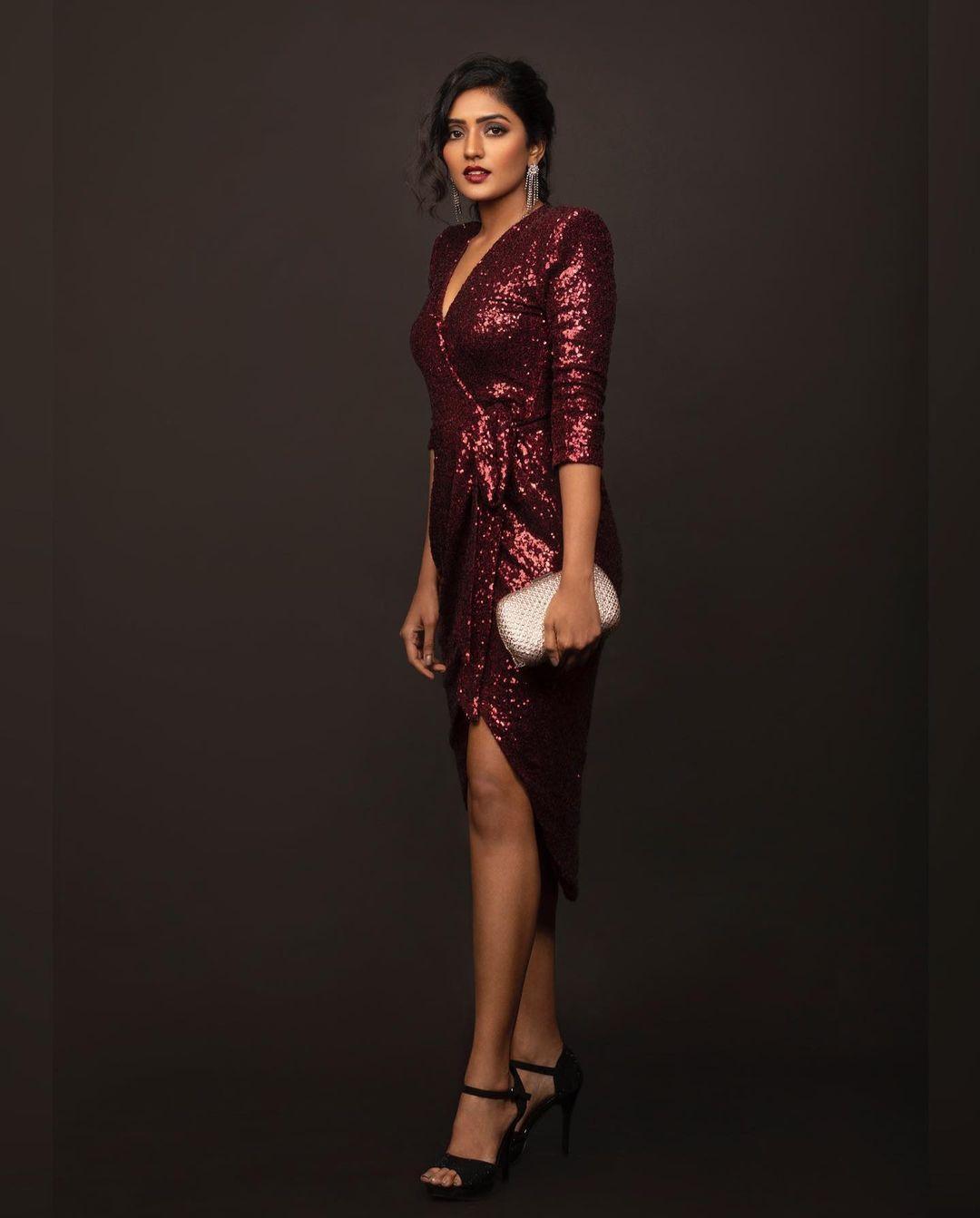 Beautiful actress Eesha Rebba in maroon sequin dress.  2021-08-08