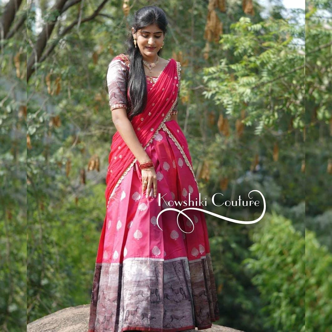 Beautiful actress in Bindu Bhargavi in langa voni. 2021-08-10