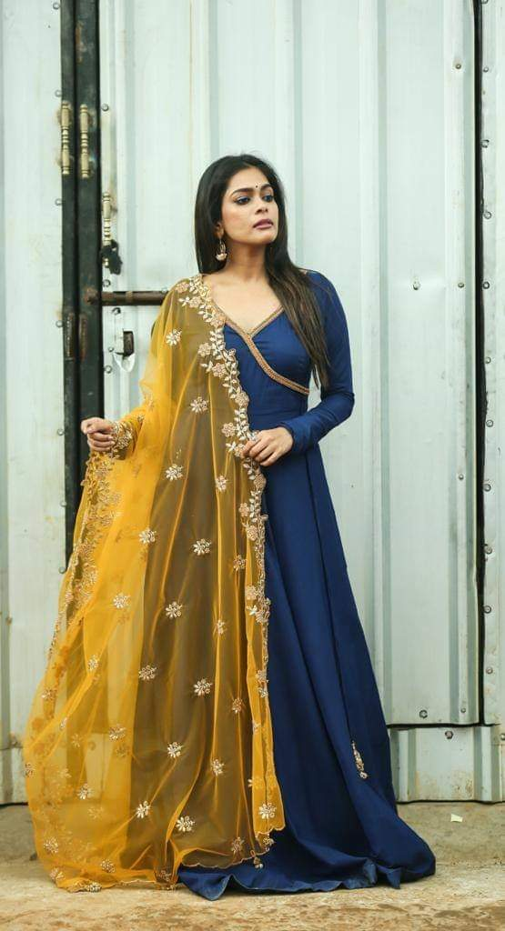 Royal Blue Anarkali Set . . Angarkha Style royal blue anarkali with mustard net duppatta. Can be customised in any colour. Place your Orders now! . . For orders and queries reach at +91 9952093562 (or) 044 42624085  2021-08-14