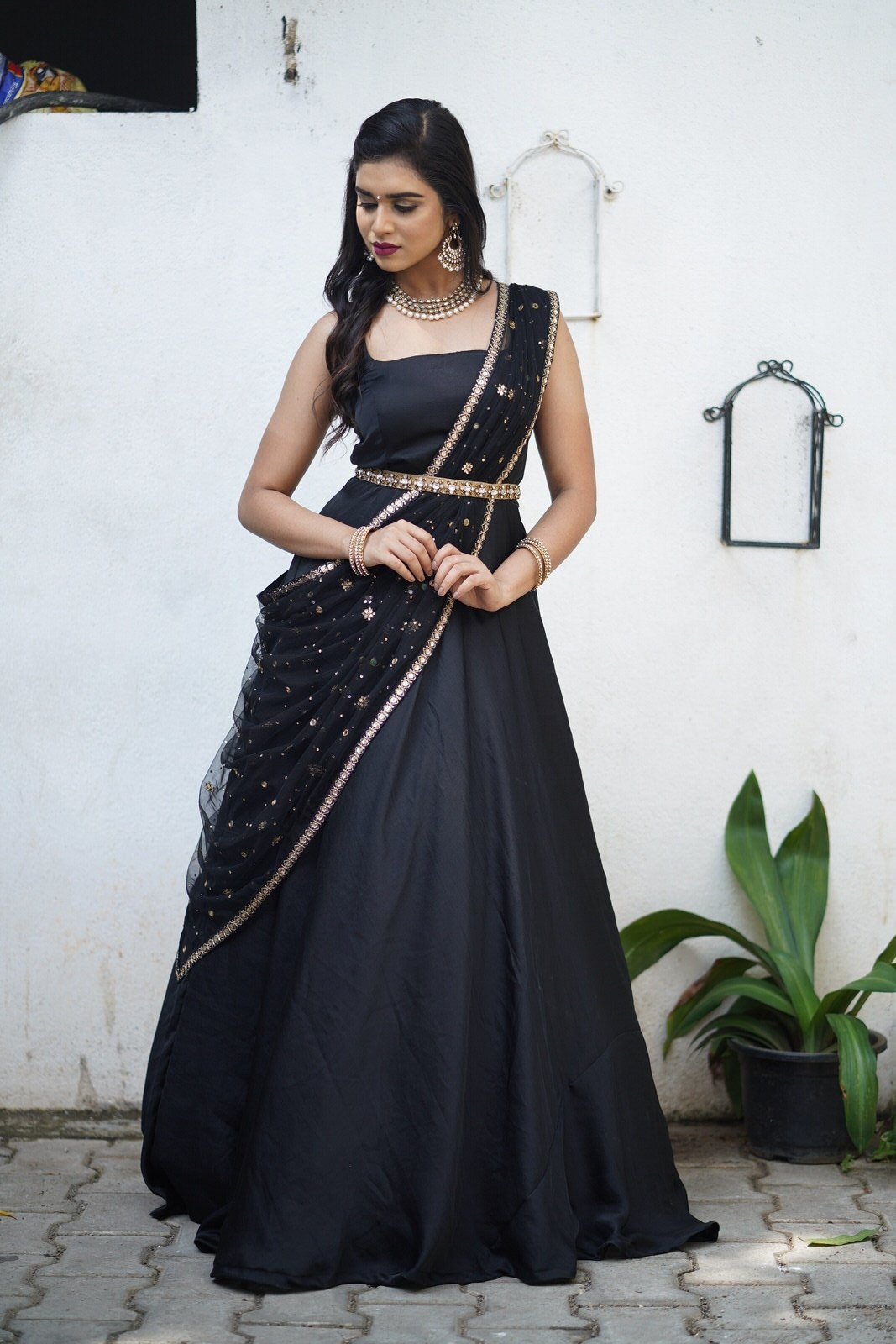 Black Anarkali sets. . . Classic black suits in different ways! Can be customised in any colour! ✨  *Please note that the duppata border might vary  . . . . For orders and queries please whatsapp  on  9952093562 or Reach  on 044 4262 4085. 2021-08-15