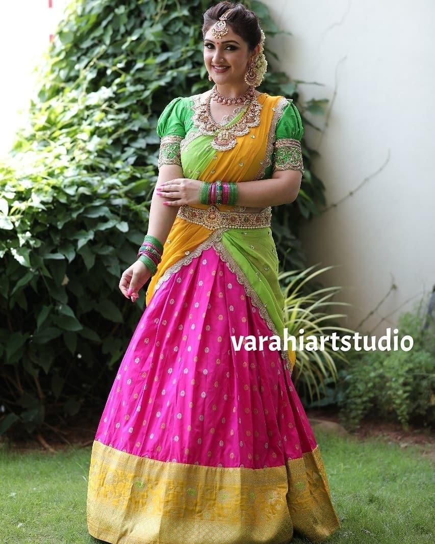 Gorgeous Actress Sridevi vijaykumar in halfsaree. 2021-08-20