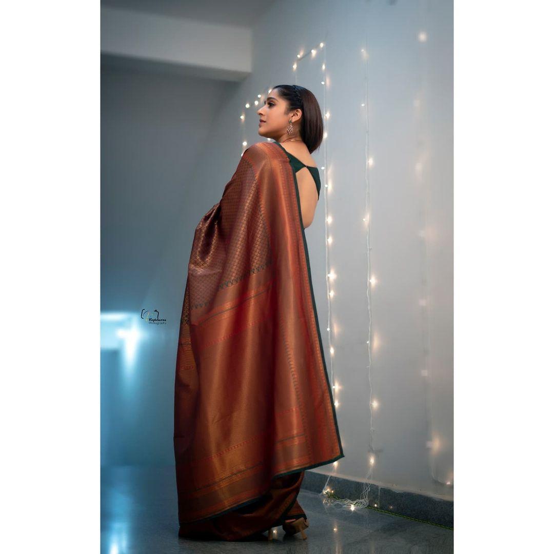 Beautiful actress Rashmi Gautham in Festive edition saree. Saree by The pallu shop. 2021-08-22