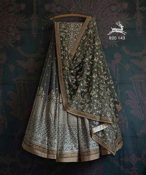 SMF LEH 820 143 Grey thread work sequin Lehenga with matching dupatta and blouse. Price : ₹ 54800/-  Email: info@swatimanish.in Call: +91 97698 84264 2021-08-23