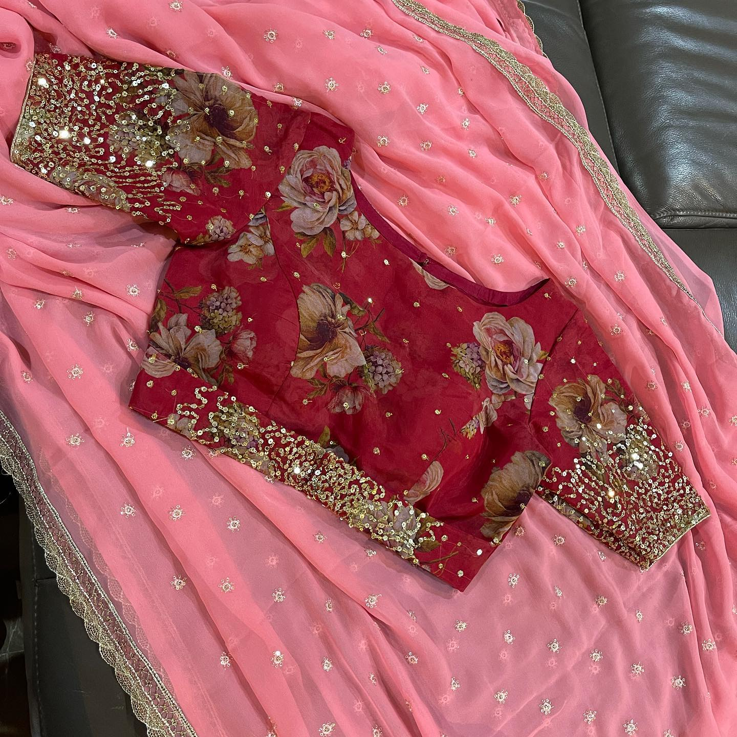 Beautiful pink color Georgette saree with floral Organza blouse. Price : 5000 INR. 2021-08-24