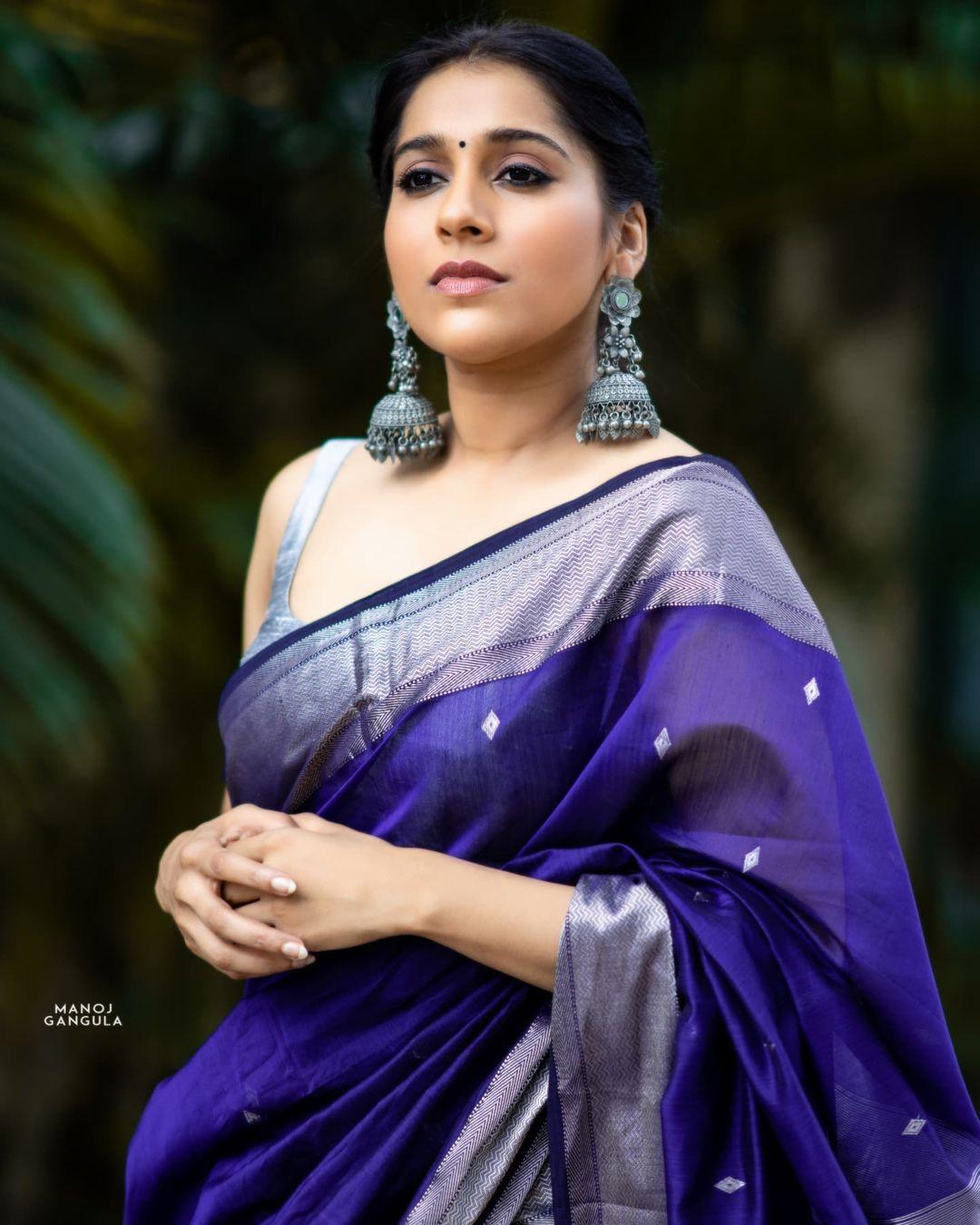 Beautiful actress Rashmi Gautham in royal blue color silver pattu saree. Saree by The pallu shop . 2021-08-28