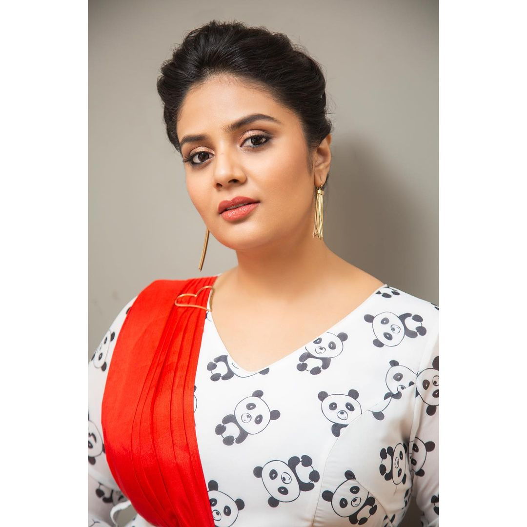 Gorgeous actress Sreemukhi in panda print dress. Outfit : Rekahs house of couture. 2021-08-28