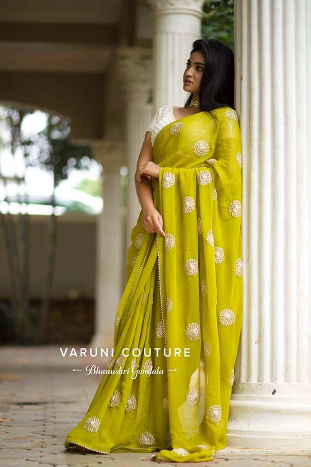 A must have flowy saree for mehendi.  2021-08-30