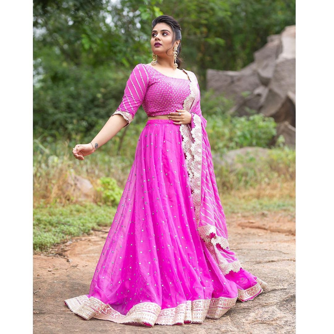 "Beautiful actress Sreemukhi in pink halfsaree.  ""Ala Brundavanam lo"""