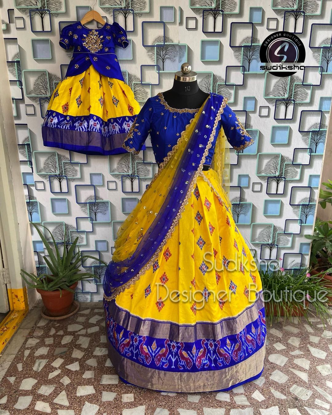 This beautiful yellow and blue color combo pure ikkat pattu Mom and baby halfsaree.  They can customise size as per your measurements For order or query contact with  What's app:9391616131 2021-09-01