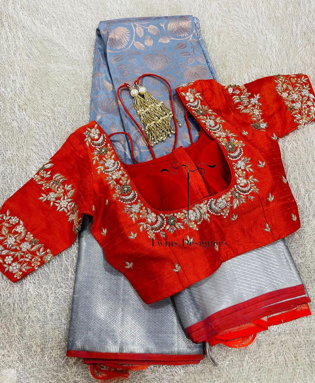 Kanchi pattu saree paired with contrast maggam work blouse.  For orders call/Whatsapp:8374504389/9059693997 2021-09-02