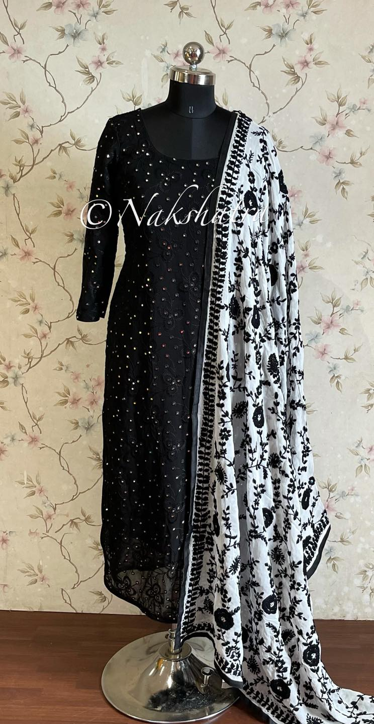 Lovely black color gorgette mirror work with heavy dupatta. 2021-09-09