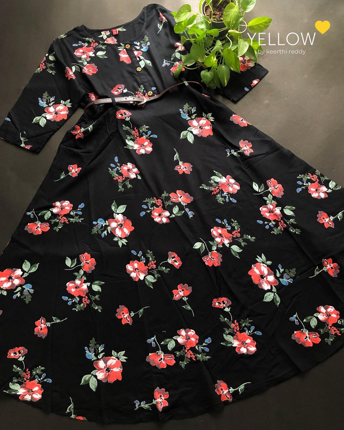 Soft floral rayon dress with detachable waist belt . Size - M L XL XXL Price - 1299 INR . . Kindly WhatsApp  at 7995038888 for placing orders . 2021-09-12