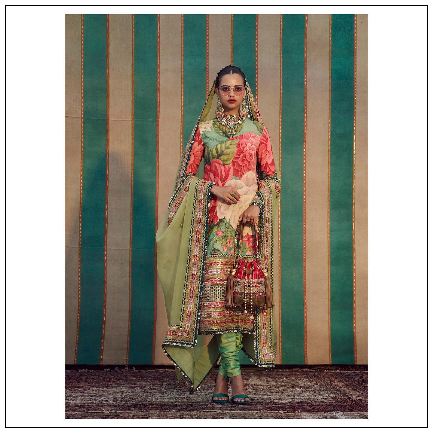 Sabyasachi floral kurti. The Sabyasachi 2021 Collection.  Womenswear jewellery Sabyasachi jewelry and accessories Sabyasachi accessories..  For all product related queries please email at customerservice@sabyasachi.com or contact retail stores directly. 2021-09-15