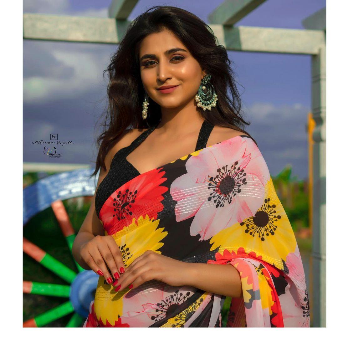 Gorgeous actress Varshini Sounderajan in designer saree. Costume : Navya Marouthu. 2021-09-15