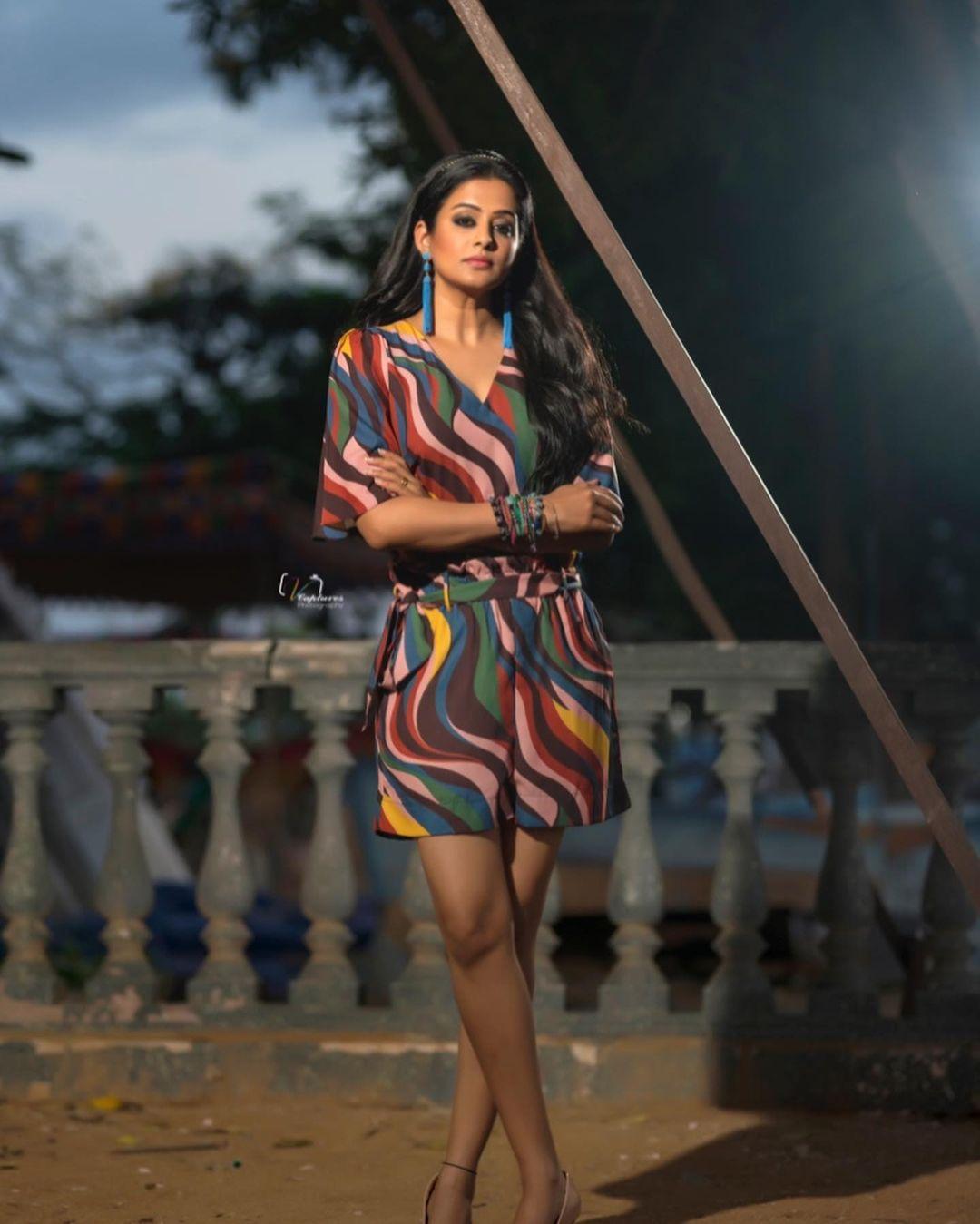 Gorgeous actress Priyamani in leheriya jump suit for Dhee program. Outfit: Ttwenty dresses. Styling: Mehek Shetty. 2021-09-15