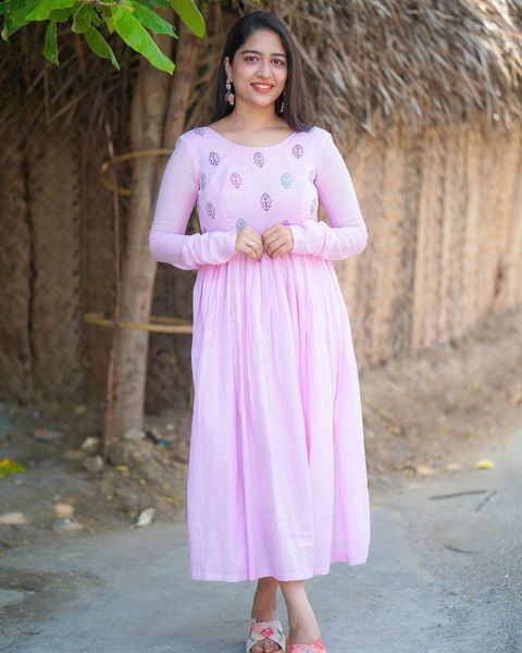 BABY PINK EMBROIDERY MUL COTTON DRESS. 2021-09-16