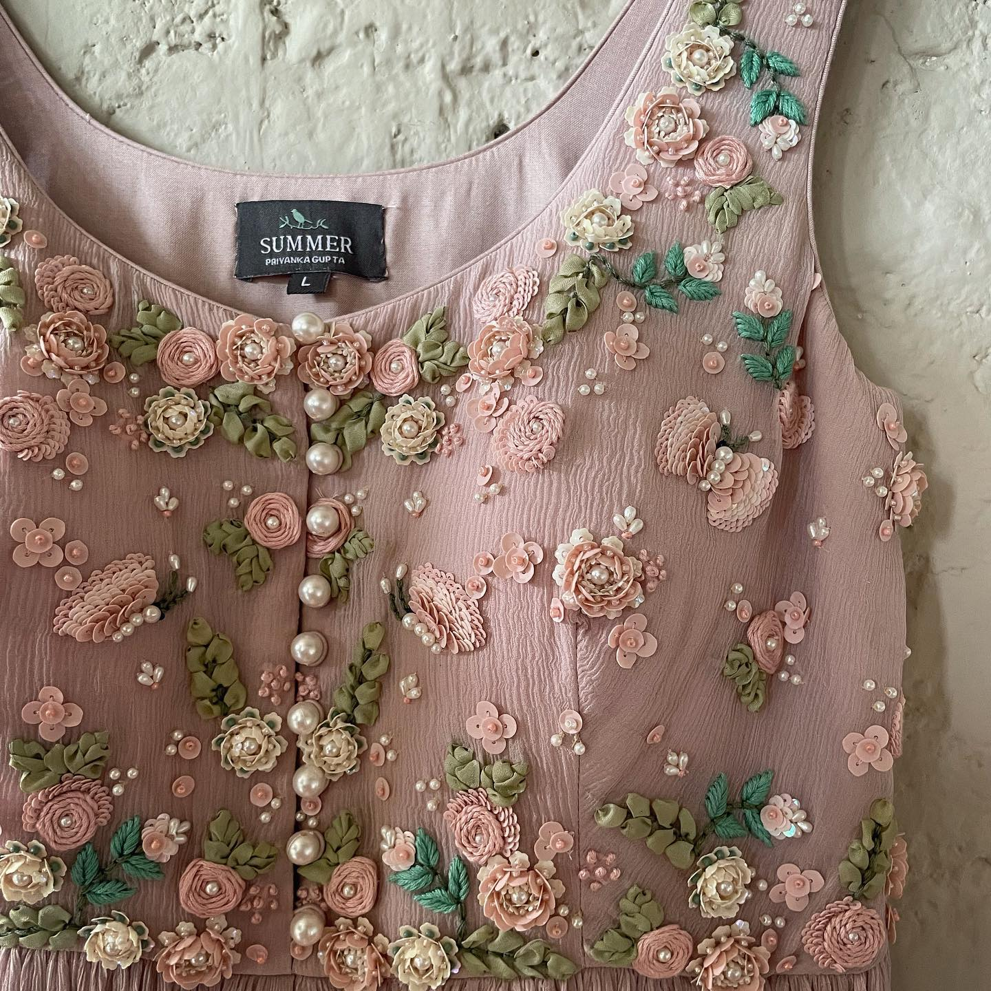 Stunning English color floral classy 3D hand embroidery work.  2021-09-18