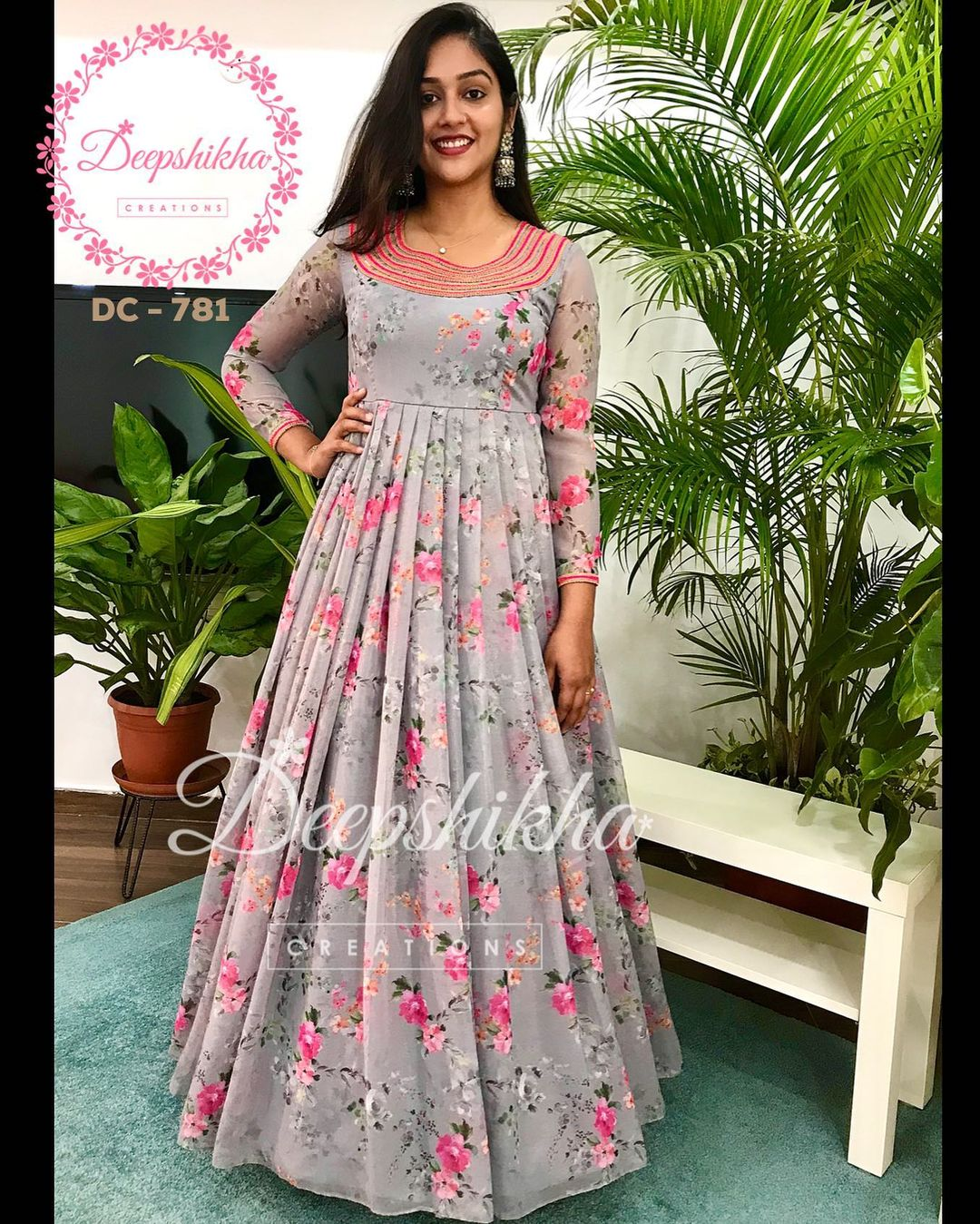 Beautiful gray color floral floor length anarkali. DC - 781. For queries kindly whatsapp: +91 9059683293 . 2021-09-20