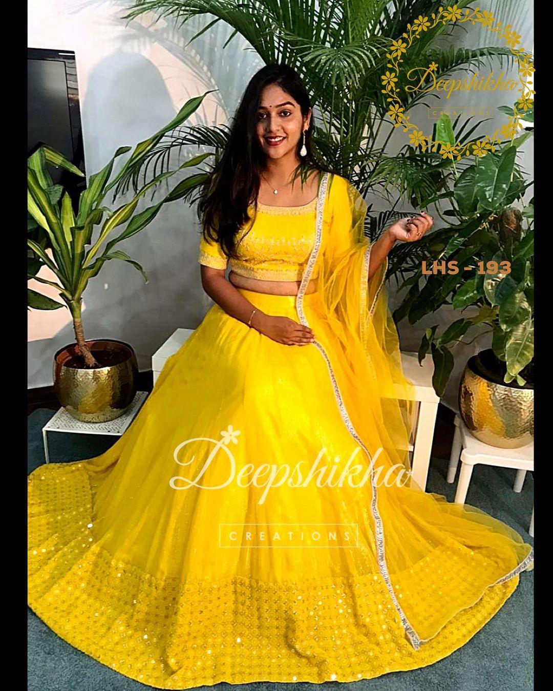 Stunning sunshine yellow lehenga and blouse with net dupatta. Lehenga with mirror work boader. 2021-09-21
