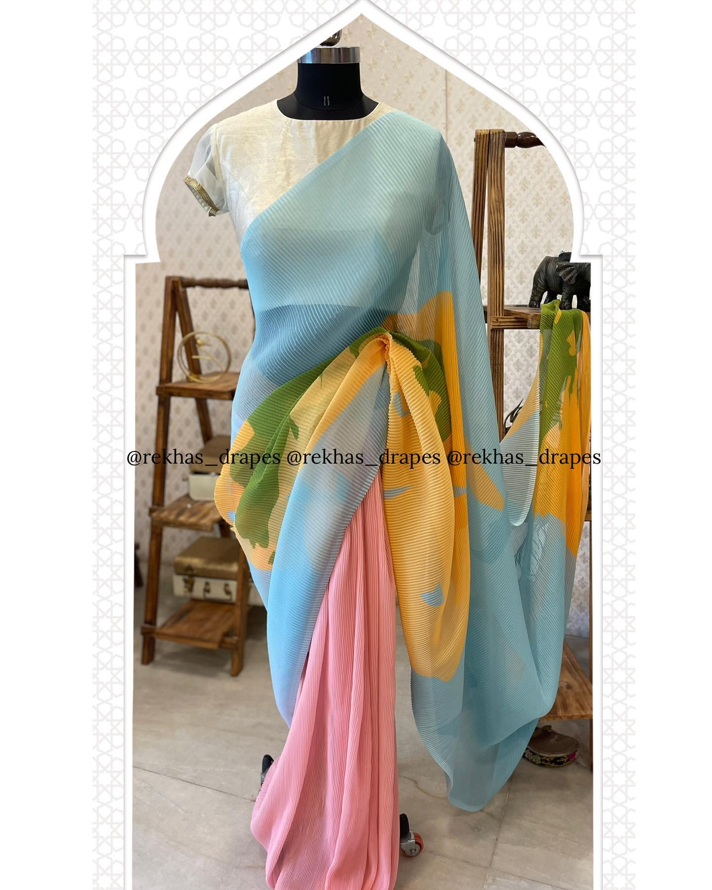 Beautiful Self crushed georgette multi colour saree. Price : ₹3600. 2021-09-24