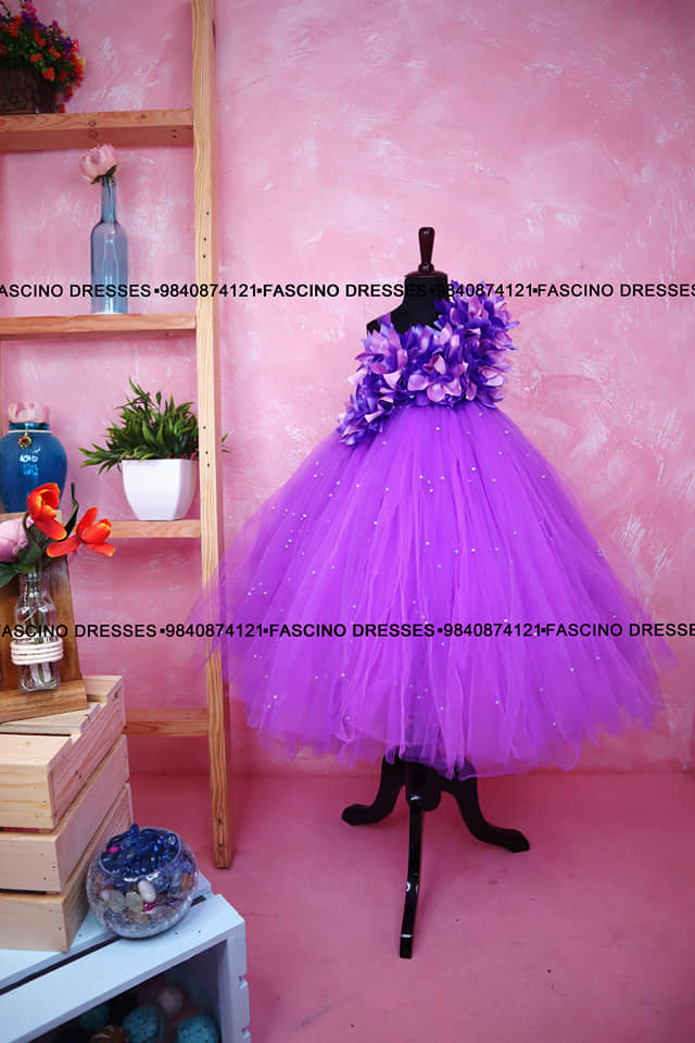 Lavender pearl kids gown tutu from Fascino. Wats app or inbox to order 9840874121. Can customize in any color/size. 2021-09-24