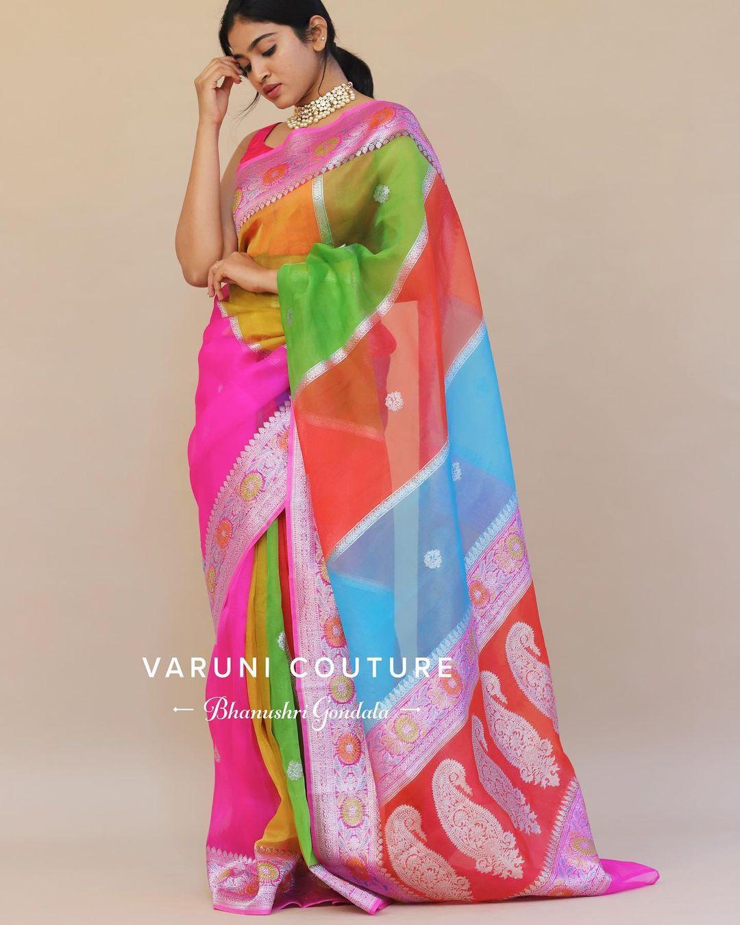 Powerful feminine allure . One of hot favourites in organza saree. 2021-09-24
