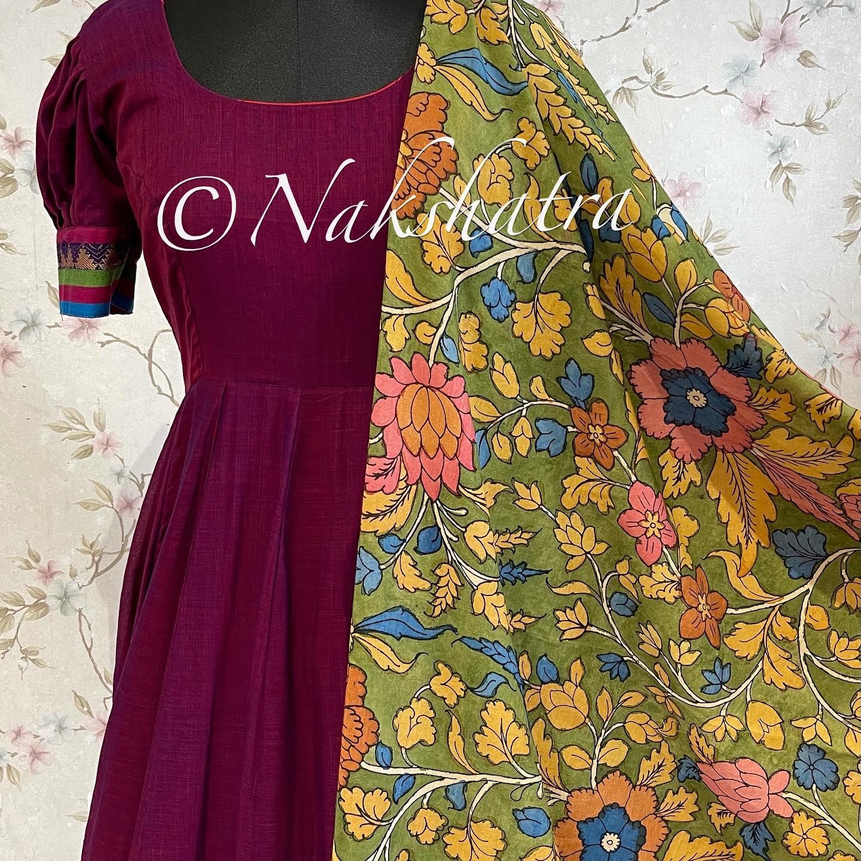 Narayanpet handloom frock with kanchi style borders paired with pen kalamkari handloom dupattas 2021-09-30