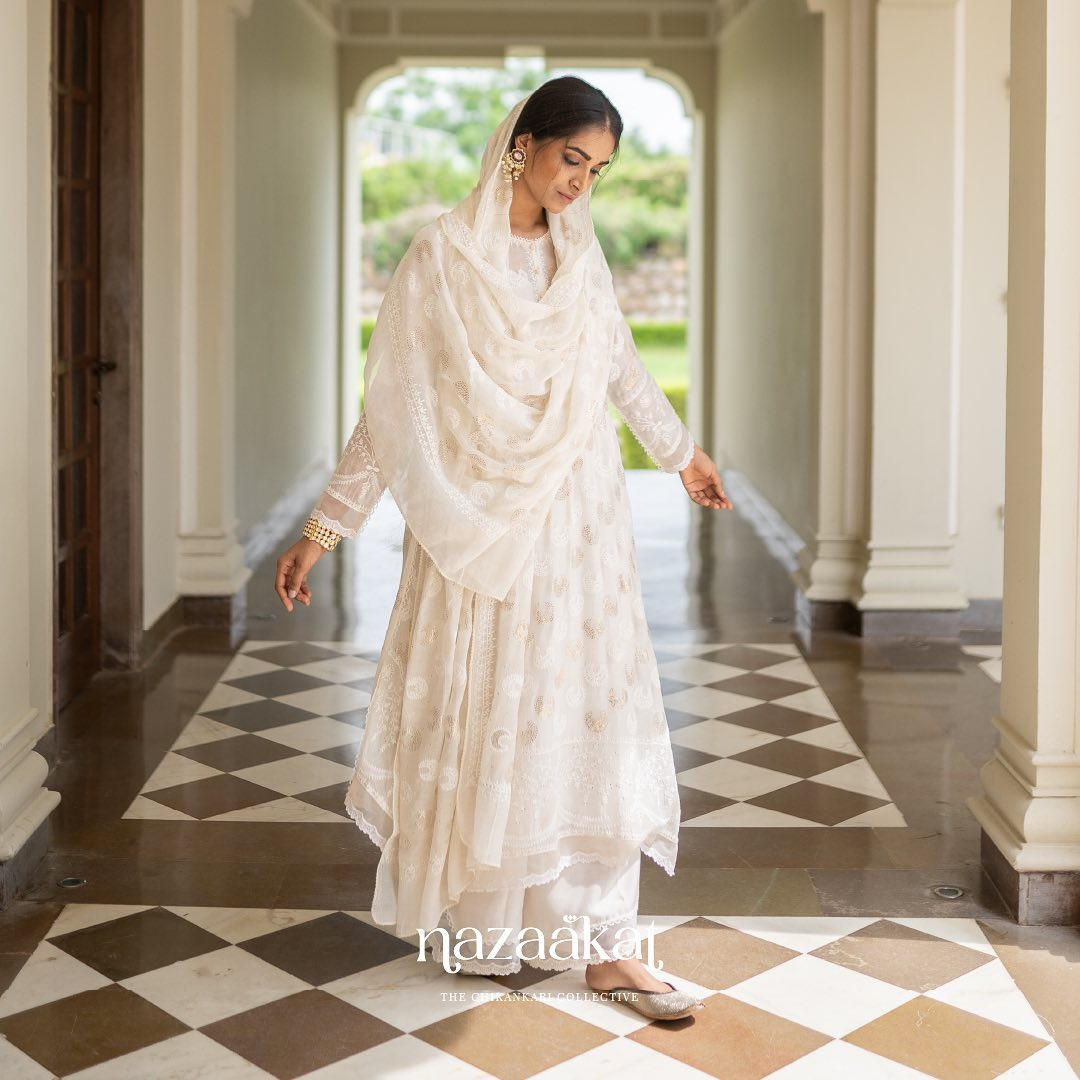 With its inspiration derived from the magnetism of the renowned North Indian craft of Chikankari Nazaakat is a link between yesterday and today coming to life on a marvellous pastel palette.  For a preview of Anushree Reddy's mesmerizing Chikankari collection  request a lookbook on +91 70753 37888 or email us at sales@anushreereddy.org. 2021-10-01