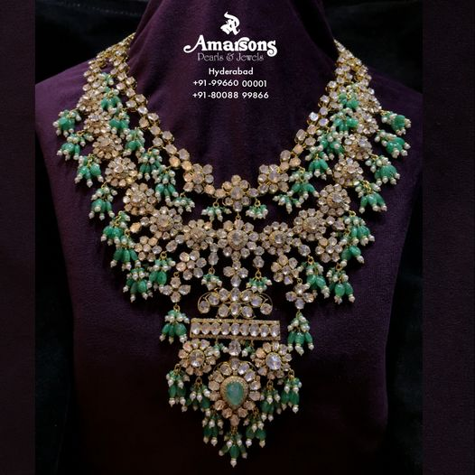 Magnificent Gold Polki Necklace Studded with Emerald and Pearls. 2021-10-03