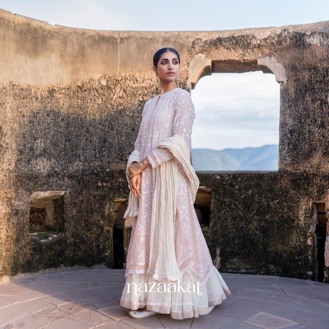 The infinite sky draws her in with her charming ecstasies.  For a preview of Anushree Reddy's mesmerizing Chikankari collection request a lookbook on +91 70753 37888 or email at sales@anushreereddy.org. 2021-10-03