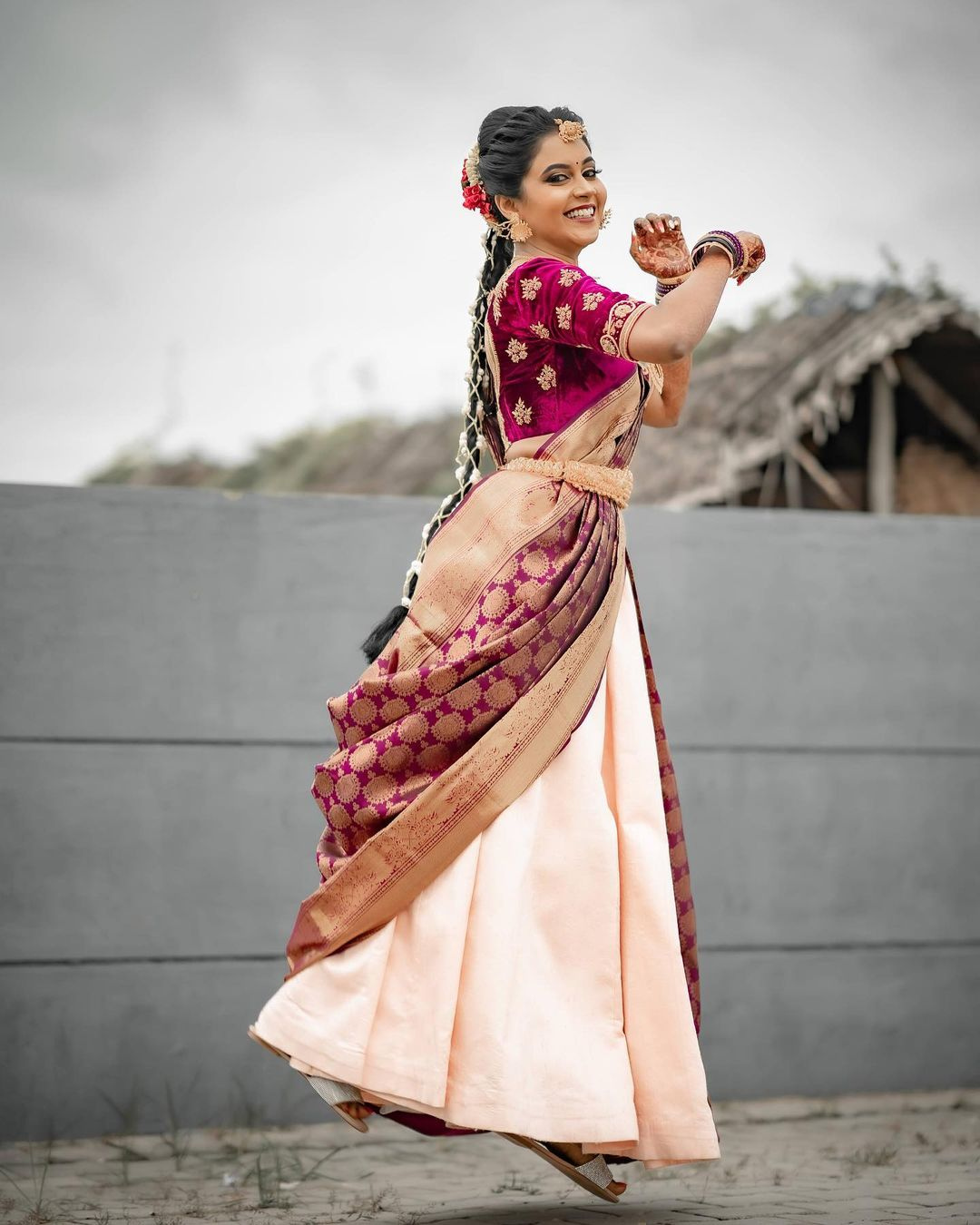 Beautiful Priya Gowda at can-can draping saree!   DM for Enquires...! P.S can be customised..... Call more details