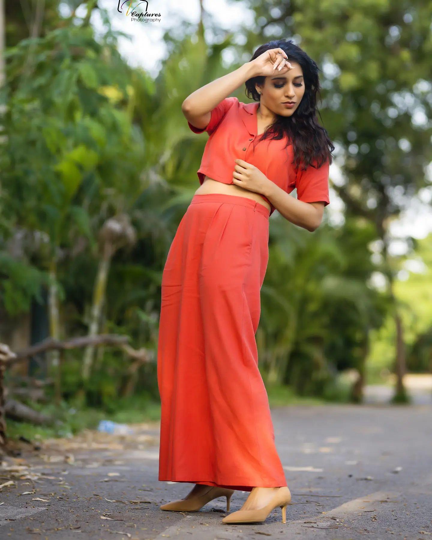 Beautiful actress Rashmi Gautham in brick res separators..  2021-10-05
