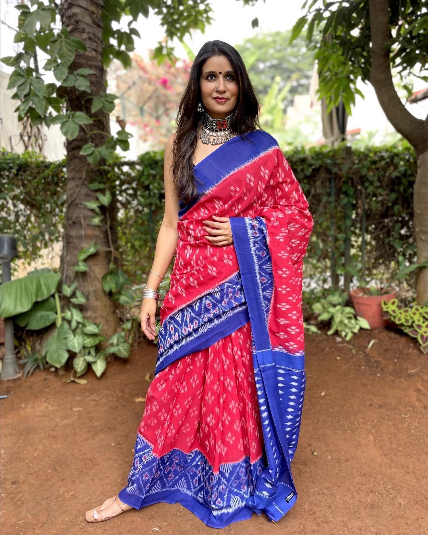 Khushi | Red Pure Handwdoven Pochampally Single Ikat Cotton Saree 2021-10-12