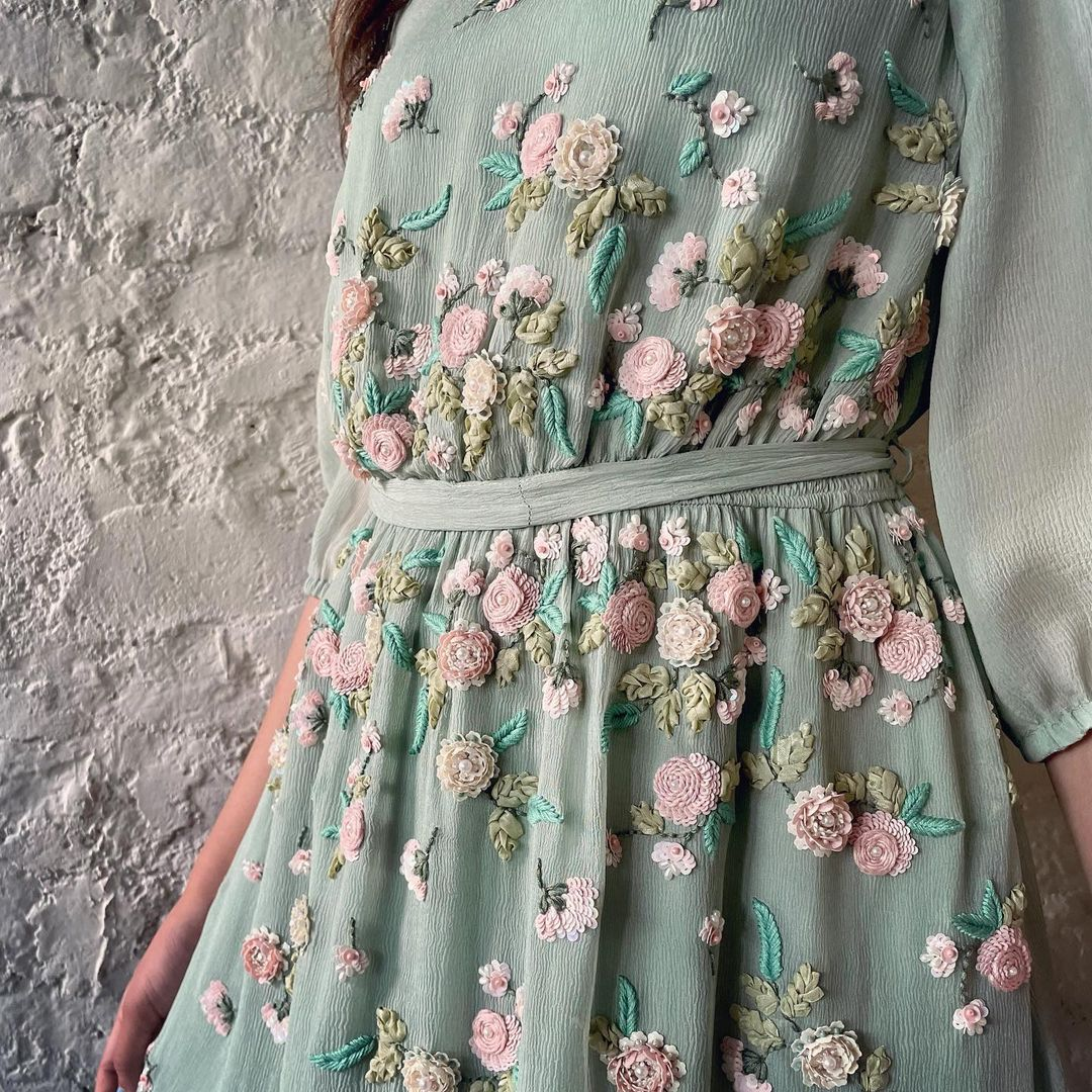 Can you feel the romance in the flowers and the caress of chiffon?  Sage Dutch Garden Dress. 2021-10-14