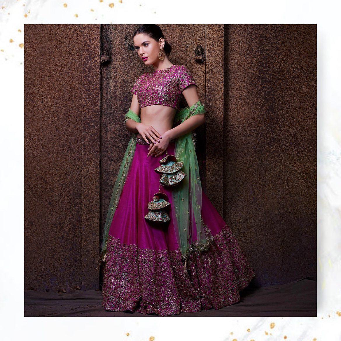 Magic of cutwork.. always a Classic! Cut work bridal lehenga set. For orders and enquiries: whatsapp +91 8885099099 2021-10-16