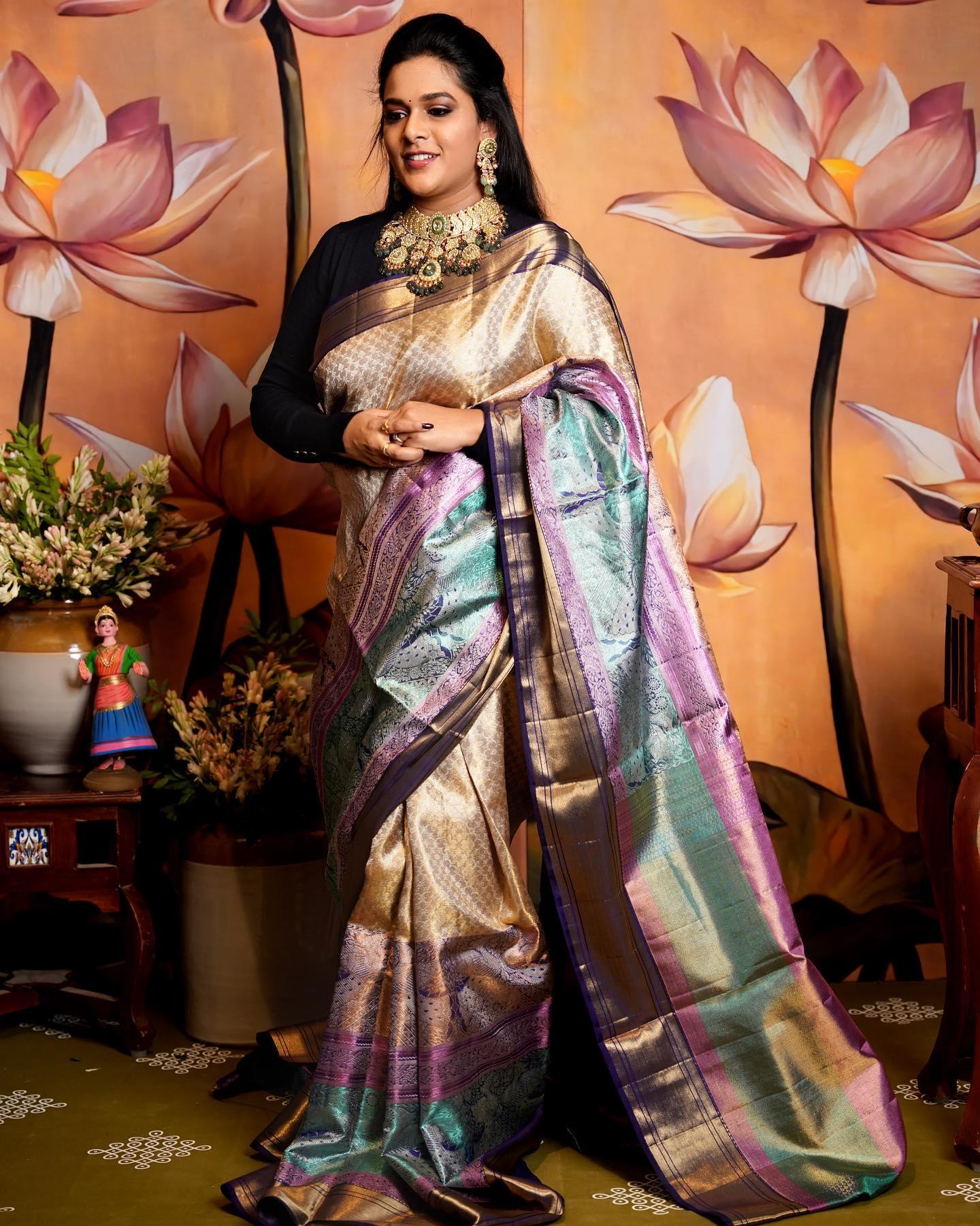 Beautiful designer Sirisha Reddy in kanchi pattu saree. 2021-10-16