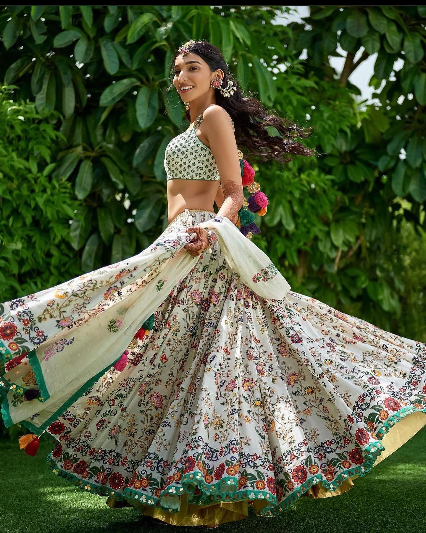 Spotted Juhi Godambe in Sukriti and Aakriti floral lehenga set. 2021-10-21